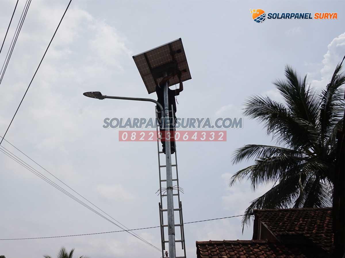jual Lampu Jalan PJU Solar Cell 2in1 Osram 60 Watt