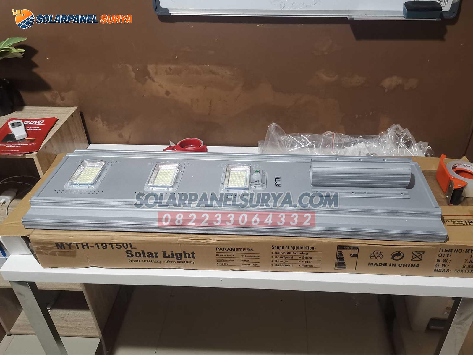 jual Lampu Jalan PJU Tenaga Surya All In One 300 Watt